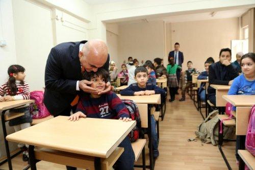 Yabancı öğrencilerin çocuklarına Türkçe dersi