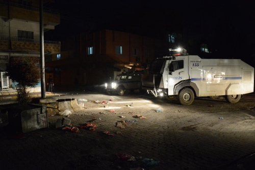 Nusaybin'de izinsiz gösteri