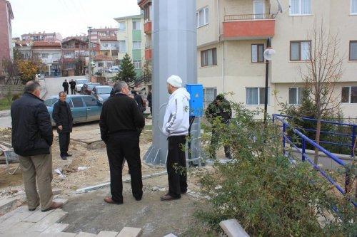 Direk içinde olduğu iddia edilen baz istasyonuna tepki