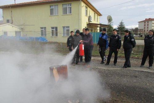 Polis yangın tatbikatı yaptı