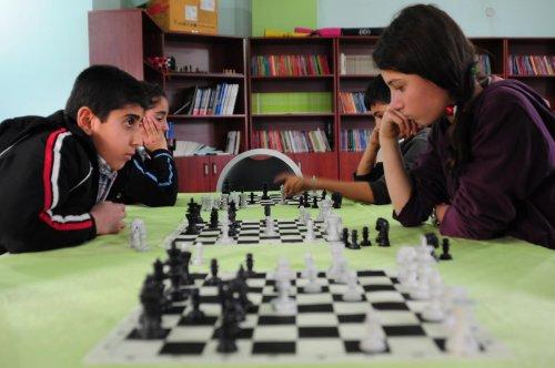 Hizan'da satranç turnuvasına yoğun ilgi