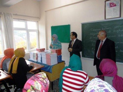 Keban Belediyesinden öğrencilere destek