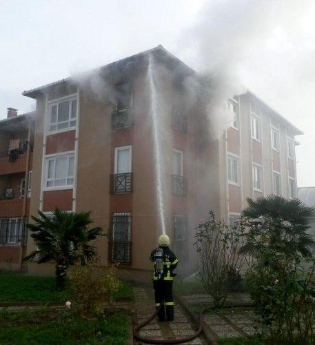 Kocaeli'nde ev yangını