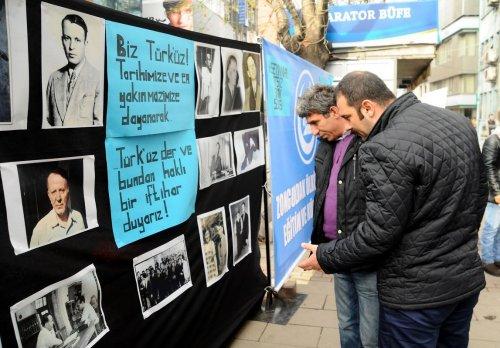 Zonguldak'ta merhum yazar anısına sokak sergisi