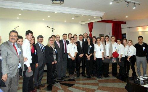 Karamürsel'de Dünya İnsan Hakları Günü etkinliği