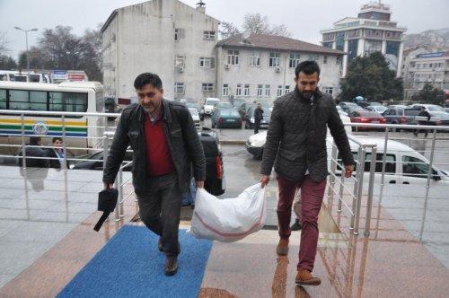 Zonguldak'ta korsan CD operasyonu