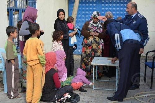 Dilencilik yapan Suriyeliler kamplara yerleştirildi