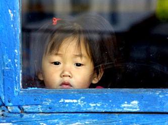 G�ney Koreli Aileler Bir �ocuk yeti�tirmeye 250 bin dolar harc�yor