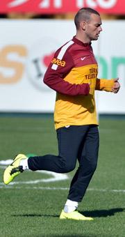 Sneijder gidiyor mu? Flaş açıklama!