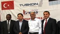 Afrika pazarını Türkiye'ye açan TUSKON yönetimine burs operasyonu