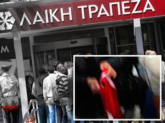 Mali krizin acısını Türk bayrağından çıkarmak istediler!