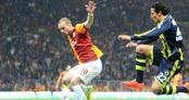 Alves Sneijder'a da aynısını yapmış!