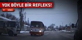 Usta sürücü savrulan otobüsten bakın nasıl kurtuldu