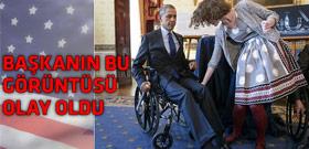Obama tekerlekli sandalyede!
