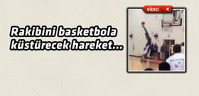 Basketbol tarihine damga vuracak efsanevi smaç!