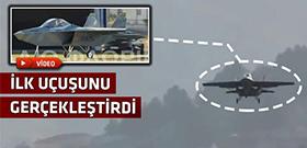 Batık Yunanistan kendi uçağını yaptı