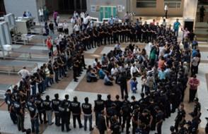 Tutuklu polislerin duruşması sonuçlandı