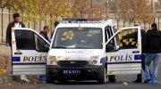 PKK'lı teröristlerden polis aracına silahlı saldırı
