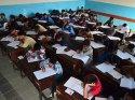 Türk okullarına giriş sınavında 15 bin öğrenci ter döktü