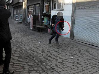 İşte teröristin polisten kaçma anı