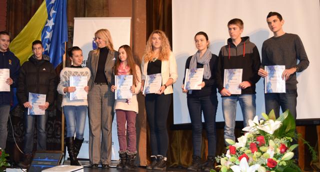 Bosna-Hersek Milli Eğitim Bakanlığı'nın verdiği 27 ödülden 21'ini aldılar