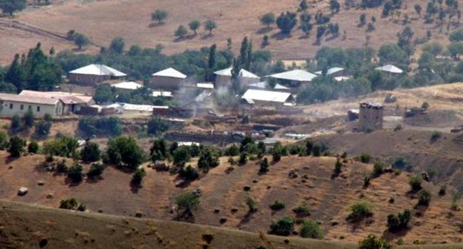 Teröristlerden sınır bölüğüne saldırı