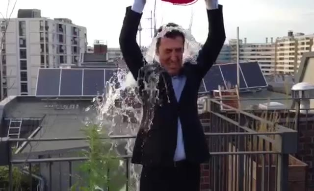 Cem Özdemir'in başını ağrıtacak görüntü