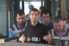 Gözaltındaki polislerin tişörtünde anlamlı 'sıfır' yazısı!