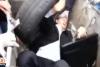 Rusya yanlısı milletvekilini çöpe attılar