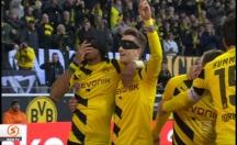 Borussia Dortmund Schalke 04'ü farklı mağlup etti -video