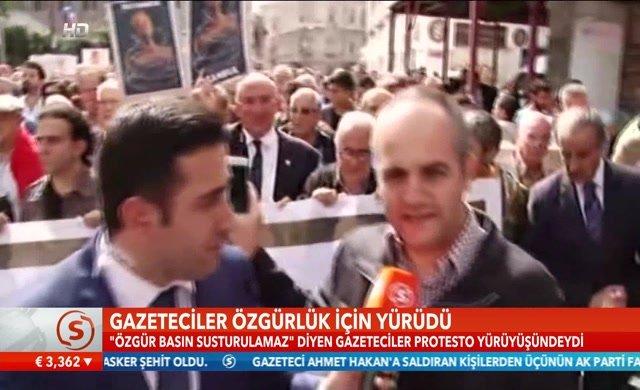 Gazetecilerden büyük yürüyüş...
