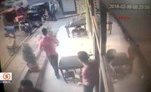 Sokak ortasında pompalı saldırı kamerada
