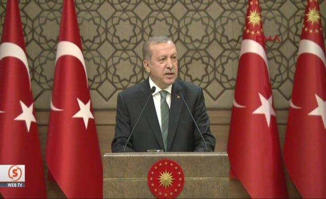 Erdoğan, Davutoğlu'na mı mesaj gönderdi?
