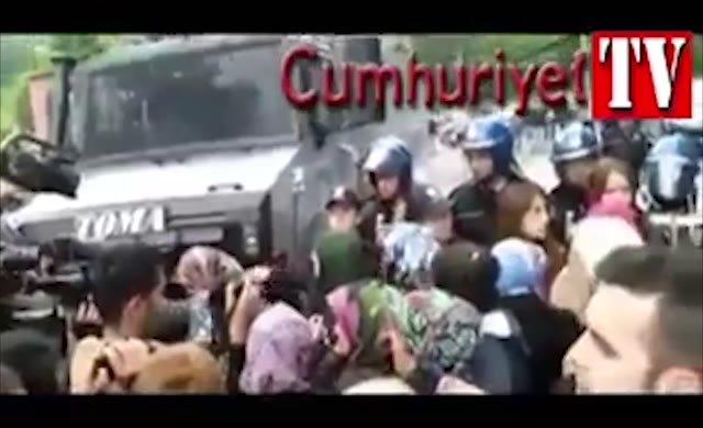 Madenci aileleri isyan etti: Zehir zıkkım yesinler